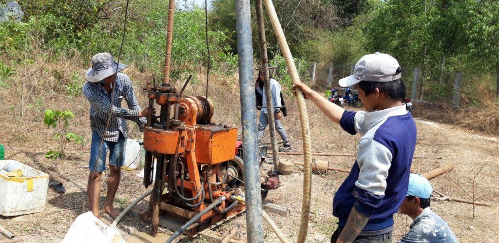 Khoan khảo sát địa chất khu vực xây dựng Dự án Khu nhà ở Long Sơn 1